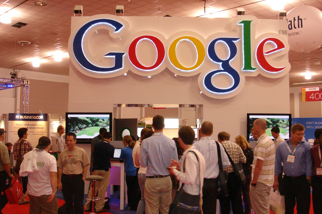 google reklamlari sokaklarda